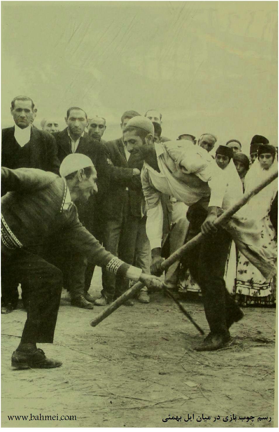 رسم چوب بازی در ایل بهمئی